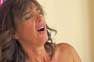 Mature Women Dickriding Younger Lover